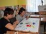 Dni otwarte w Izbie Izydora Gulgowskiego w Iwicznie - warsztaty haftu